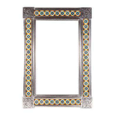 Duże lustro z płytkami meksykańskimi